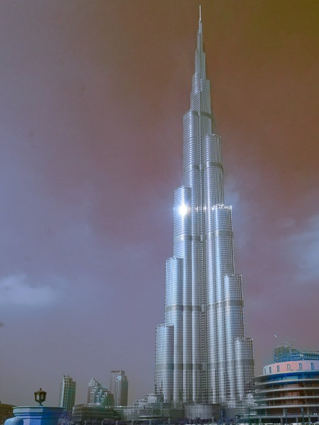 The Tallest Building - Dubai's Burj Khalifa